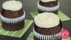 طريقة عمل الكب كيك بالشوكولاتة والموز - Chocolate and banana cupcake recipe