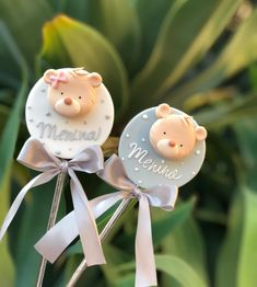 Baby Shower Cupcakes, Christmas Ornaments, Holiday Decor, Instagram Posts, Home Decor, Decoration Home, Room Decor, Christmas Jewelry, Christmas Decorations