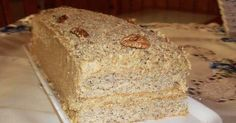 Enjoy even better toast and sandwiches by baking brown bread from scratch with this mixture of old-fashioned oatmeal, molasses, and butter. Whole Wheat Sourdough, Sourdough Bread, Einkorn Bread, Rye Bread Ingredients, Pudding Recipes, Cake Recipes, Sandwich Recipes, Lemon Yogurt Cake, Old Fashioned Oatmeal