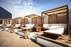 Why not come and relax on the sunbeds at the new Nikki Beach Dubai? They have our White Hunter Outdoor Elements II to keep you cool 3d Home Design, Restaurant Exterior, Bali Resort, Nikki Beach, Gazebo Pergola, Beach Tent, Patio Shade, Lounge Design, Summer Design