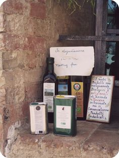 Street-side olive oil tastings in Montalcino, Toscana. Photo taken by Cathi Iannone of The Brooklyn Ragazza.