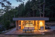 """One of the main goals of the construction was to do as little harm as possible to the existing environment, which includes waterways that salmon depend upon. Herrin and his team created a garden roof that covers the full extent of the home to meet this objective. """"This helps control storm water runoff and also replaces lost insect habitat—insects being a critical food source for juvenile salmon,"""" he says."""