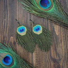 Crochet Bracelet Pattern, Crochet Beaded Bracelets, Bead Crochet Rope, Beaded Jewelry Patterns, Fringe Earrings, Beaded Earrings, Perfect Peacock, Vintage Sewing Notions, Seed Bead Jewelry