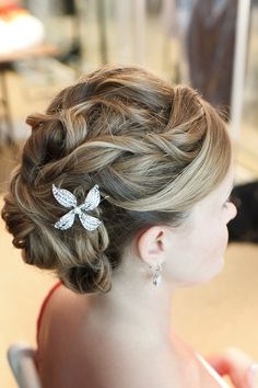 Bridesmaid hair style - maybe for Christine's wedding....