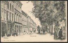 De Steenstraat, met links - op de plek waar later bioscoop 'Lido' zou verrijzen - het 'Hotel Du Nord' (ca. 1900).