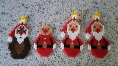 Hama Beads Disney, Hama Disney, Perler Beads, Pearl Beads Pattern, Hama Beads Patterns, Beading Patterns, Disney Christmas, Christmas Crafts, Hama Beads Christmas