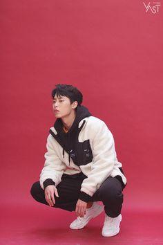 Asian Actors, Korean Actors, Divas, Kim Dong, Fine Boys, Kdrama Actors, Lee Jeans, Big Bang Top, Korean Celebrities