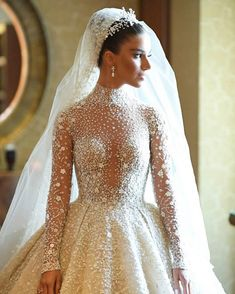 Dress: Zuhair Murad