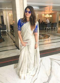 wedding saree and wedding saree indian Silver tissue saree wedding guest saree trends Kerala Saree Blouse Designs, Saree Blouse Neck Designs, Saree Blouse Patterns, Bridal Blouse Designs, South Indian Blouse Designs, Kurta Designs, South Indian Wedding Saree, Saree Wedding, Designer Sarees Wedding
