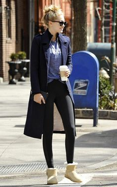 Awesome Gigi Hadid Sneakers Outfit on The Summer Street that You Must Look - Fashion Best Look Fashion, Fashion Models, Winter Fashion, Fashion Outfits, Womens Fashion, Fashion Boots, Cheap Fashion, Gigi Hadid Outfits, Gigi Hadid Style