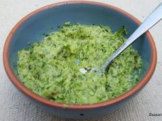 Pesto, Romanian Food, Spice Blends, Ranch Dressing, Quick Meals, Guacamole, Bacon, Spices, Appetizers