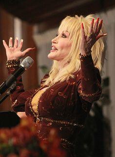 Dolly Parton by weatherjackwilliams, via Flickr