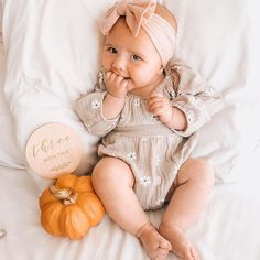 """Michelle Nemis on Instagram: """"Happy Thanksgiving weekend 🇨🇦 from our little pumpkin peach 🤍🎃 She is officially 4 months old today and I'm working on new milestone pics…"""""""
