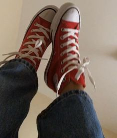 Dr Shoes, Swag Shoes, Hype Shoes, Me Too Shoes, Red High Top Converse, Red Chucks, Mode Converse, Converse Shoes, Aesthetic Shoes
