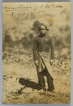 Servant of Franz Wilhelm Junghuhn at Lembang near Bandung. Date:circa 1860