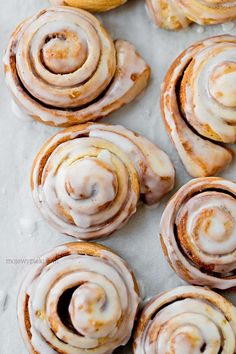Cynamonki | Moje Wypieki Cinammon Rolls, Dry Yeast, Easter Recipes, Cake Recipes, Sweet Tooth, Bakery, Food And Drink, Bread, Cooking
