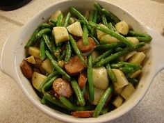 Sausage, Potatoes and Green Beans  http://gibbys-place.blogspot.ca/2012/03/food-memories.html