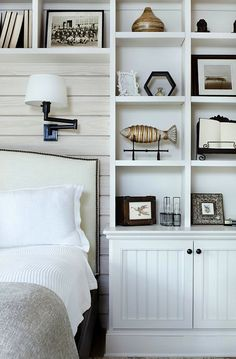 Interior Design Stylish built-ins + paneled wall behind bed with upholstered headboard. So cozy. Inspiration Gallery - Home Design Photos, I. Home Interior, Modern Interior Design, Bathroom Interior, Interior Ideas, Home Design, Design Ideas, Design Room, Wall Design, Design Design