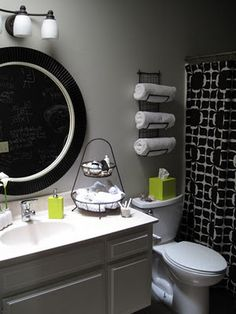 towel storage for small bathroom. Love the pop of green in black and white too. towel storage for sm Grey Bathrooms, Beautiful Bathrooms, White Bathroom, Paint Bathroom, Downstairs Bathroom, Simple Bathroom, Room Paint, Modern Bathroom, Bad Inspiration
