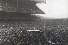 Pelea de box en el estadio de los Yankees en 1923.