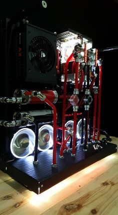 Thermaltake Core P5 Watercoolded Black & Red Modded