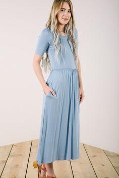 The Liya Midi Dress in Periwinkle
