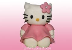 - Hello Kitty made of sugarpaste