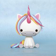Crumb Avenue: Cute Unicorn Tutorial crumbavenue.com for other fondant figure tutorials..