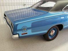 Rare blue stripe on 1970 Dodge Super Bee