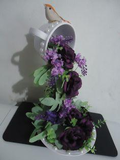 Cascata de flores R$50,00 Acesse a pagina no facebook/Giarts