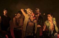 """Nikki está de clipe novo. Um dos destaques da última edição do """"The Voice Brasil"""", a cantora lançou o vídeo da música, """"Eu Faço Assim"""".  O clipe traz o clima de balada e é repleto de coreografias. """"Eu Faço Assim"""" já se destacou no iTunes Brasil também, conseguindo a quinta colocação entre as músicas mais vendidas.   e"""