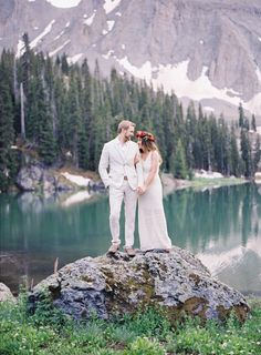 Rustic Colorado rehearsal dinner: http://www.stylemepretty.com/little-black-book-blog/2016/09/21/colorado-mountains-outdoor-rehearsal-dinner/ Photography: Heather Payne - http://www.heatherpaynephotography.com/