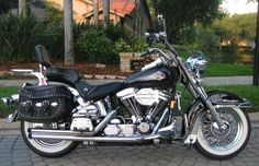 Photo of 1999 Harley Heritage Classic Softail motorcycle by Paul and Scott.
