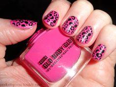 UV reactive nail polish