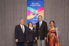 Con el presidente mundial de Rotary