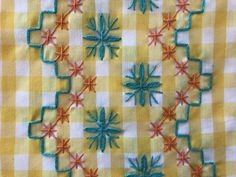 Hand Embroidery Stitches, Crochet Stitches Patterns, Hand Stitching, Embroidery Patterns, Stitch Patterns, Chicken Scratch Embroidery, Bordado Floral, Purl Bee, Cross Stitch Borders