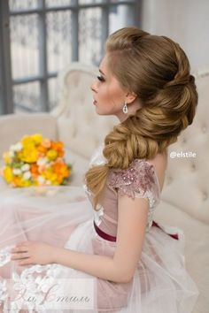 Featured Wedding Hairstyle: Elstile; www.elstile.ru; Wedding hairstyle idea.
