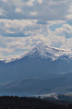 carpathian mountains ukraine Carpathian Mountains, Mount Rainier, Ukraine, Nature, Travel, Naturaleza, Viajes, Destinations, Traveling