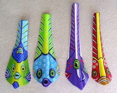 Purple Angelfish Tiki Mask on Fan Palm Frond Palm Tree Crafts, Palm Tree Art, Palm Tree Leaves, Palm Trees, Palm Frond Art, Palm Fronds, Summer Crafts For Toddlers, Toddler Crafts, Tiki Maske
