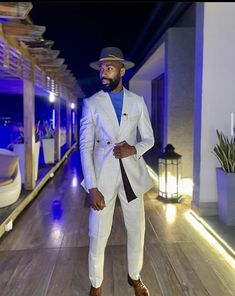 Latest Mens Fashion, Mens Fashion Suits, Men's Fashion, Sharp Dressed Man, Well Dressed Men, Men's Tuxedo Wedding, Gq Mens Style, Dapper Man, Black Men Street Fashion