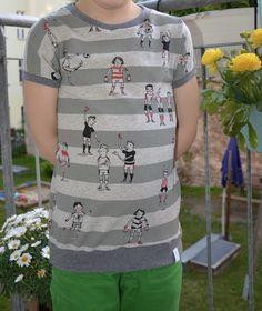 T-Shirts - t-shirt in wunschgröße! fussballiebe , BIO - ein Designerstück von mirischka-design bei DaWanda