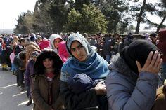 Οι πρώτοι πρόσφυγες που εγκαταλείπουν την Ειδομένη  thetoc.gr Philosophy, Fashion, Moda, Fashion Styles, Philosophy Books, Fashion Illustrations