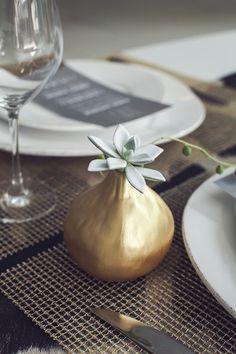 Modern and Minimalist Wedding Table | Photos by Studio Uma | Camille Styles