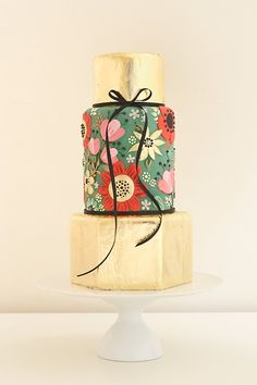 Painted Floral, Gold Cake