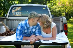 Engagement photo. country lovin.