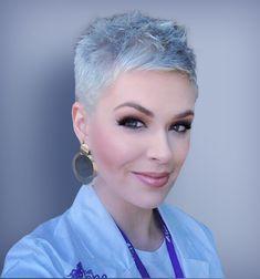 Cute Short Pixie Haircuts for Women 2019 - Hair Trends Website Short White Hair, Funky Short Hair, Super Short Hair, Short Hair Cuts, Short Hair Styles, Curly Pixie Hairstyles, Haircuts For Fine Hair, Short Pixie Haircuts, Short Hairstyles For Women