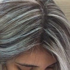 Grey Hair Transformation, Grey Hair Inspiration, Gray Hair Growing Out, Medium Hair Styles, Long Hair Styles, Silver Blonde Hair, Covering Gray Hair, Transition To Gray Hair, Dark Hair With Highlights