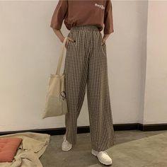 ideas for fashion retro korean 6 Retro Outfits, Korean Outfits, Vintage Outfits, Vintage Fashion, Look Fashion, Korean Fashion, Fashion Outfits, Fashion Quiz, Fashion Tips