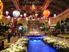 Bellagio Botanical Gardens There are seasonal changes to the displays throughout the year and each one will enthral you with color and perfume and, of course, the artistry and design elements which are breath-taking.