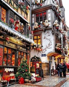 A real-life Christmas Village Strasbourg, France transforms into a real life Christmas village. I have been to Strasbourg before, but never during Christmas. I now have to put it… The post A real-life Christmas Village appeared first on Belle Ouellette. Oh The Places You'll Go, Places To Travel, Places To Visit, Christmas Aesthetic, Christmas Mood, Christmas Pajamas, Christmas In New York, Quebec City Christmas, Canada Christmas